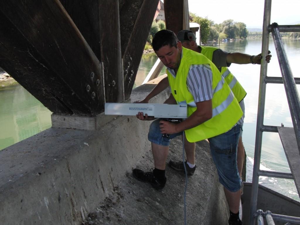 Bohrwiderstandsmessung an einem Brückenwiderlager